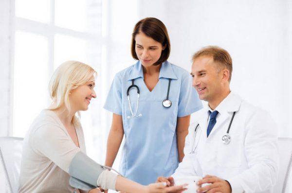 214430-quando-comecar-a-fazer-check-up-medico-e-porque-1024x783
